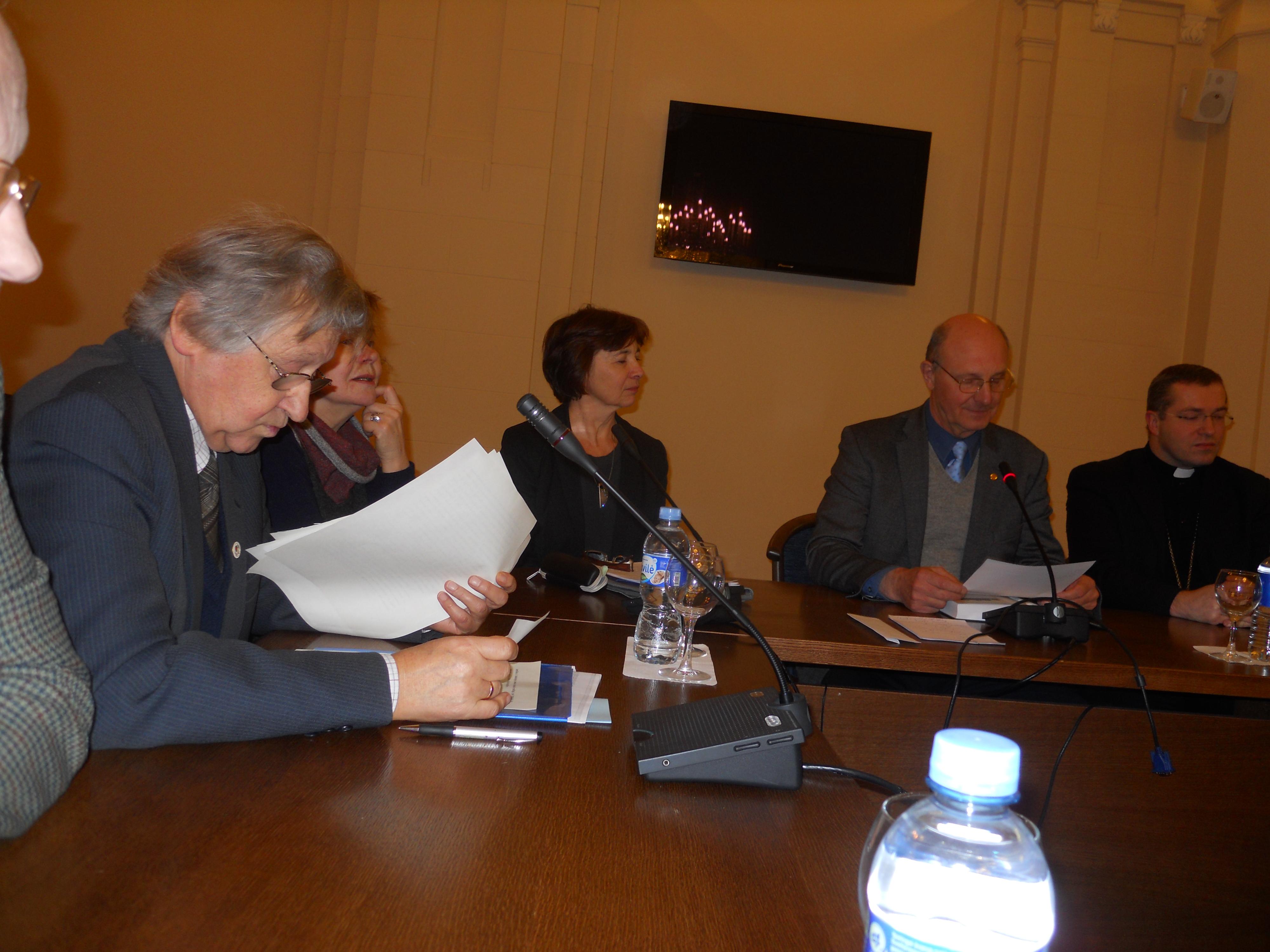 ys1 022 V. Bagdonavicius, A. Prasmantaite, D. Valentukeviciene, D. Kaunas, M. Sabutis 2014 11 25